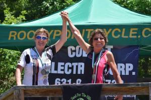 Manorville Robin podium